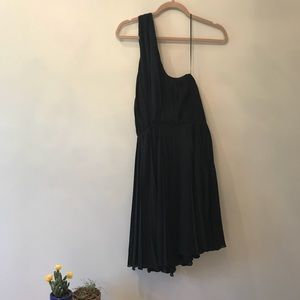 Halston Heritage Black Pleated Cocktail Dress 8